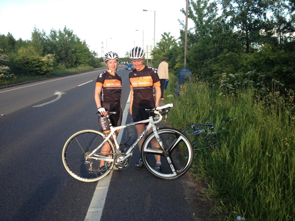 womens cycle racing Ruth & Ali 2up TT
